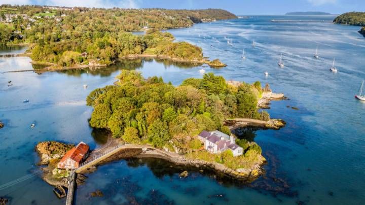 Incredible Welsh Cottage On Tiny Island With Only One Neighbour Goes On Sale