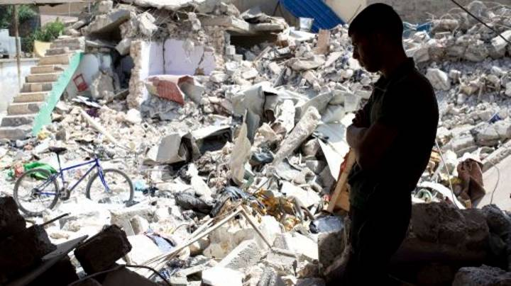 US Air Strike On Islamic State Kills 105 Civilians in Iraq