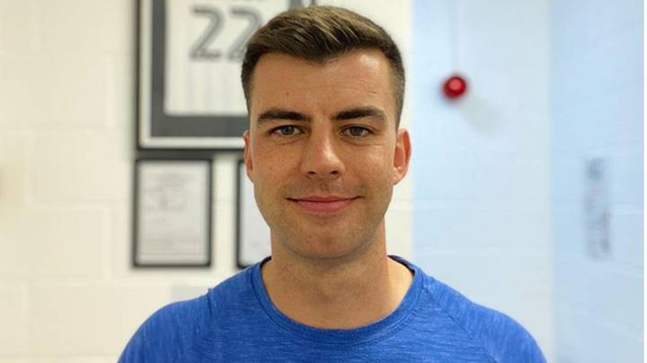Sports Therapist Shares Sciatica Test For People Working From Home
