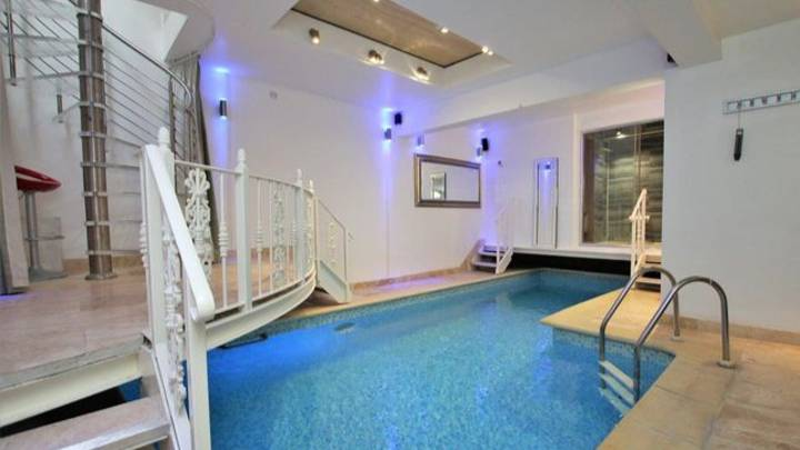 People Are Baffled By This 'One Of A Kind' £1.2m London Flat With Private Pool