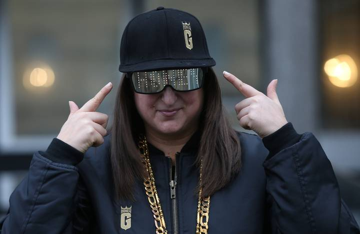 Honey G Has Failed To Make The Top 100 In The Charts And 2016 Is Saved
