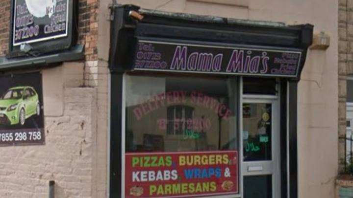 Takeaway Removes Sign Telling Customers They're Not Allowed To Wear Masks