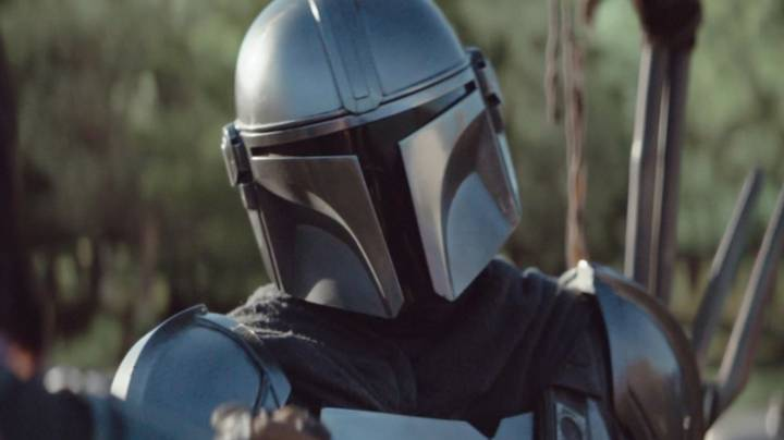 Fans Are Praising Star Wars: The Mandalorian As 'Must See' TV