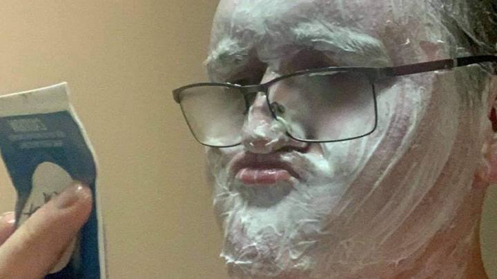 Man Mistakes Hair Removal Cream For Shaving Foam, Puts All Over Face