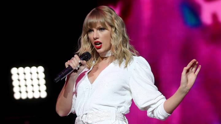 Taylor Swift Is Giving Fans Money To Help During The Coronavirus Pandemic