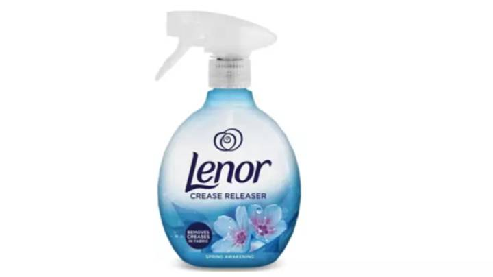 People Are Getting Very Excited About Lenor's Crease Releaser Spray