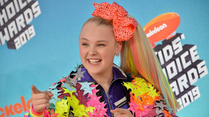 Celebs React To JoJo Siwa Coming Out As Gay
