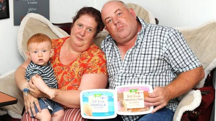 Dad Wants Compensation From Taxi Company Because His Ice Cream Melted