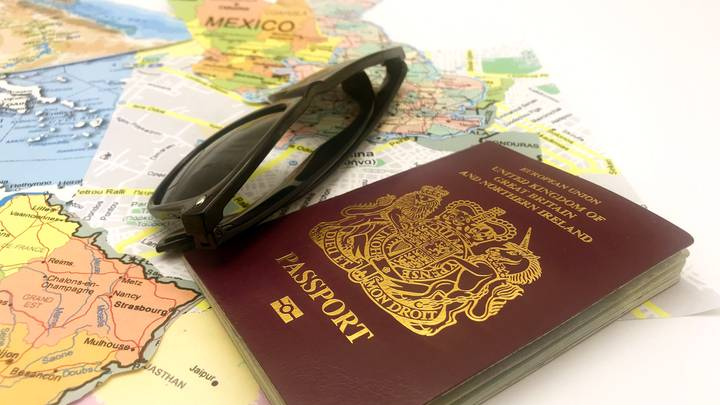 Travel Agent Issues Warning To Brits Who Have A Red Passport