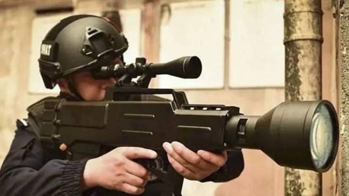 China Develops 'Star Wars'-Style Laser Gun That Can Set Fire To Targets Half A Mile Away