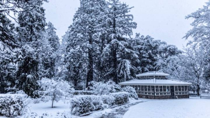 Aussies Shiver As Parts Of Country See Coldest Day In 37 Years