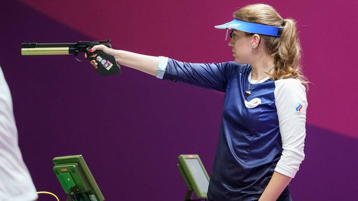 Olympic Gold Medallist Gets Mansplained On How To Hold A Gun Properly