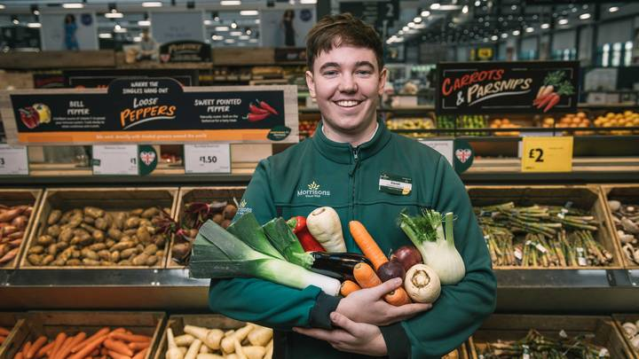 Morrisons To Become First British Supermarket To Introduce Plastic-Free Fruit and Veg Areas