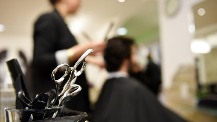 Hairdresser Explains How Someone Can Cut Your Hair Without Ruining Your Life
