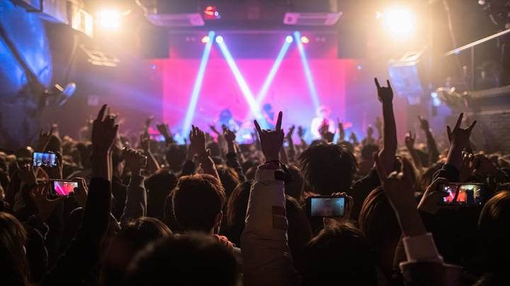 Wuhan Locals Party In Packed Clubs After Reporting No Covid Cases Since May