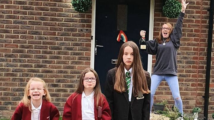 Woman Hijacks Kids' Back To School Photos With Bottle Of Champagne