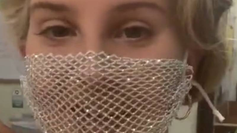 Lana Del Rey Criticised For Wearing A Mesh Face Mask To Meet Fans