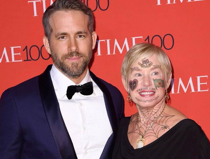 Ryan Reynolds Has Been Trolling His Mum Again At Comic Con