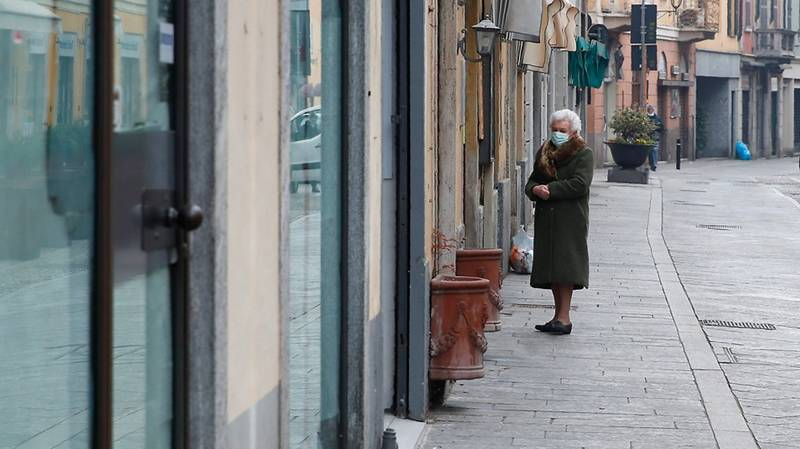 Italians Share Singalong From Their Windows On Empty Street Amid Coronavirus Lockdown