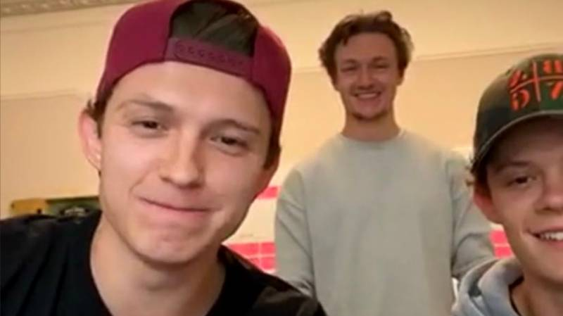 Tom Holland Accidentally Shows Answers To Live Marvel Pub Quiz On Instagram