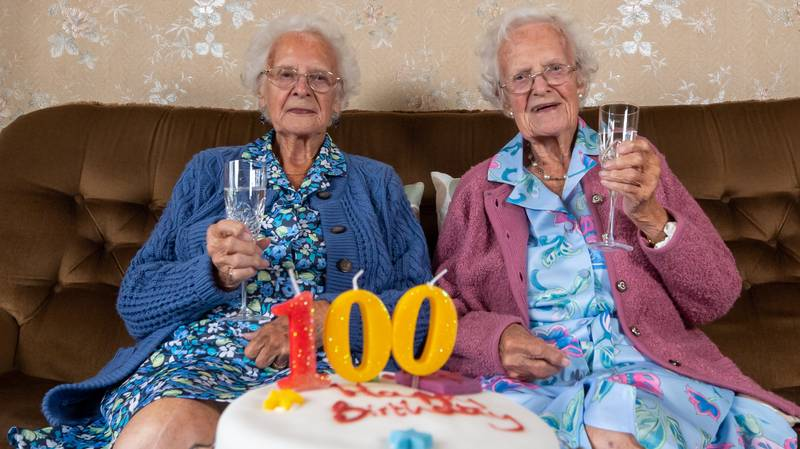 Britain's Oldest Identical Twins Celebrate 100th Birthday