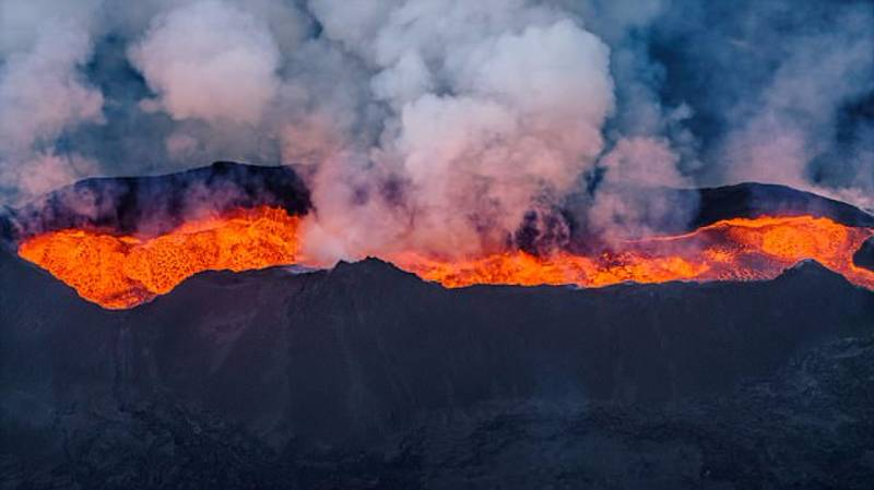 Iceland's Biggest Volcano Is 'Clearly Preparing to Erupt', Expert Warns