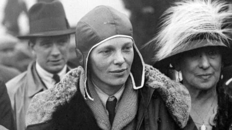 Scientist Reckons He's 99 Percent Certain He's Found Amelia Earhart's Bones