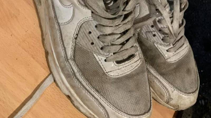 Woman Gets Filthy Trainers Sparkling Clean, But People Can't Believe It's The Same Pair