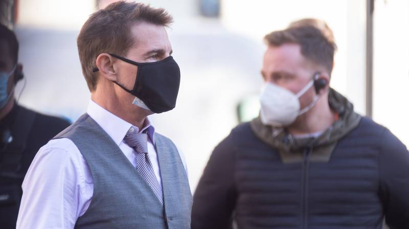 Tom Cruise Wears Two Face Masks On Set Of Mission Impossible 7