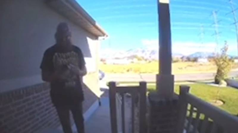 Amazon Delivery Driver 'Twerks' After Being Asked By Customer