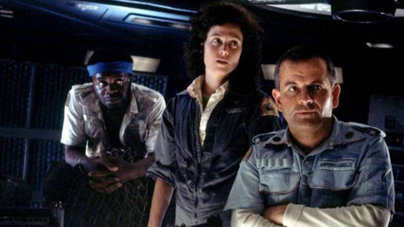 Ridley Scott Confirms Another Alien Film Is In The Works