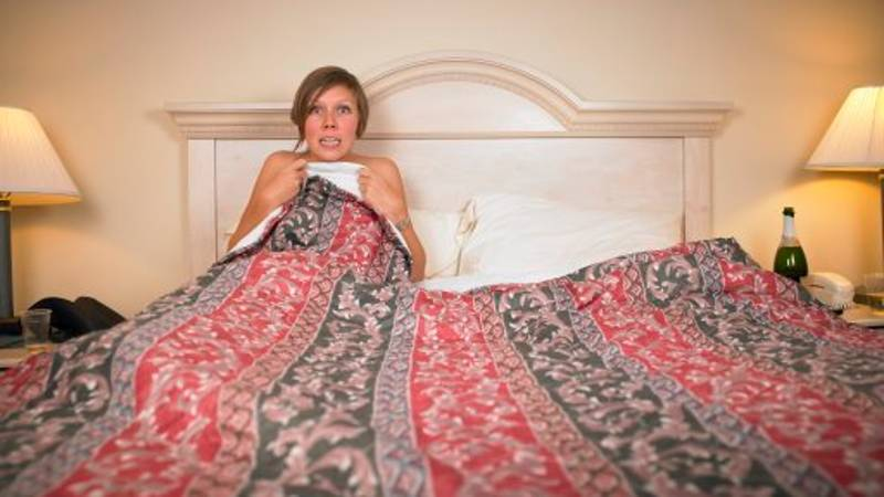 People Who Sleep In Cold Rooms (Or Sleep Naked) Tend To Be Healthier