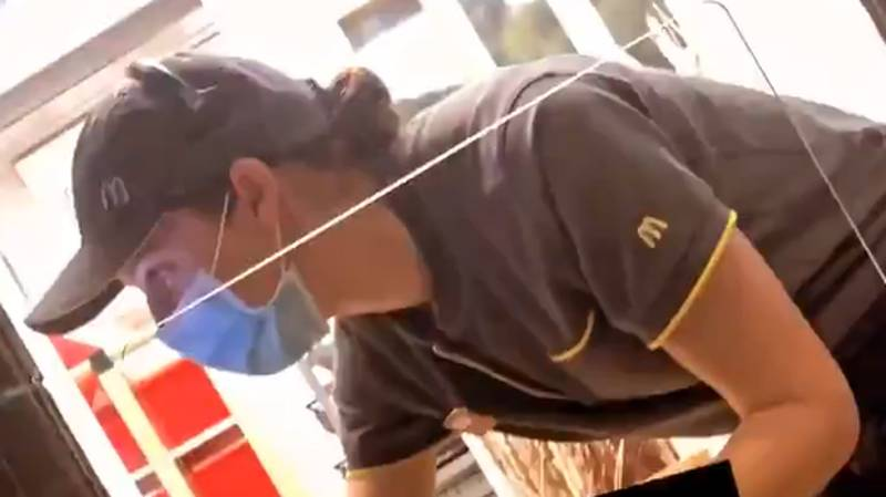 McDonald's Worker Buys People Food As Act Of Kindness