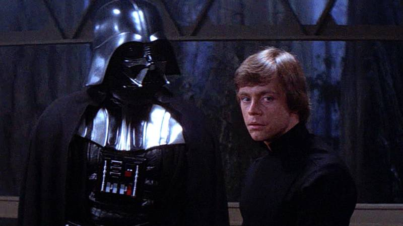 Mark Hamill Pays Tribute To The Late Darth Vader Actor Dave Prowse