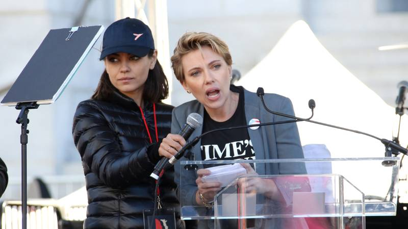 ​Scarlett Johansson Calls Out James Franco At Women's March