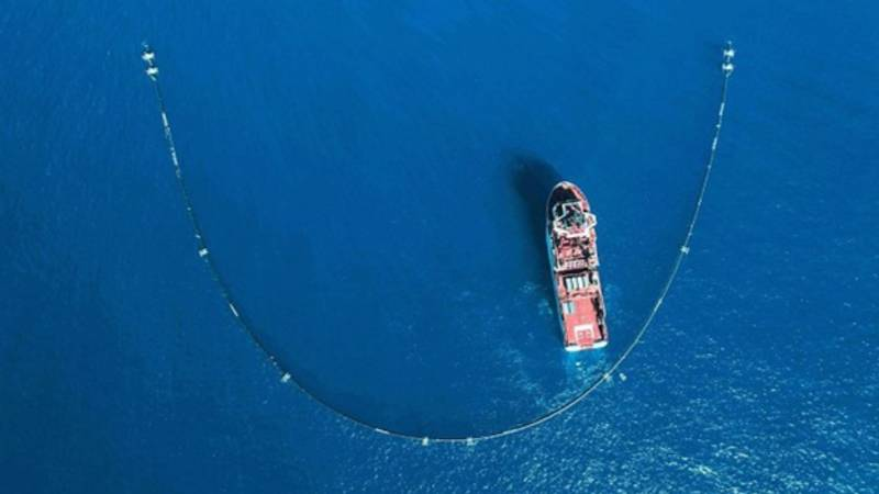 Giant 'Pac-Man' System Gets Started On World's Largest Ocean Cleanup