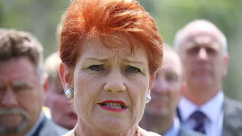 Pauline Hanson Declares Welfare Recipients Have 'Lost The Right' To Spend Money On What They Want