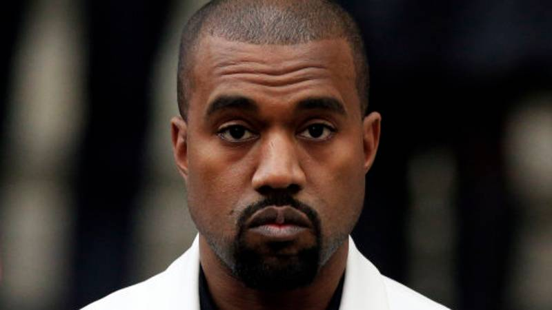 Kanye West Deactivates His Twitter And Instagram Accounts - Again