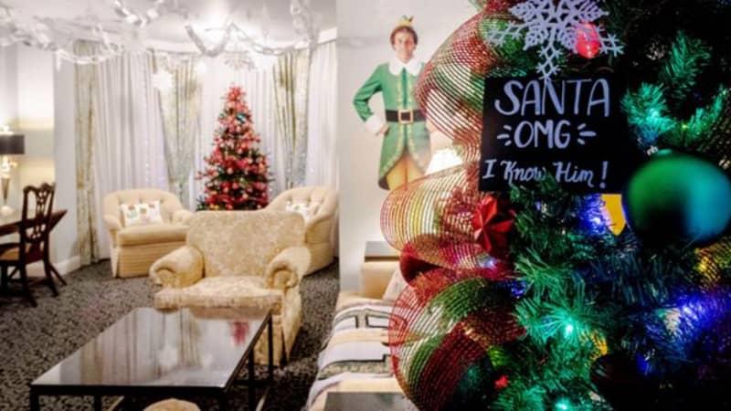 Hotel Creates Amazing Elf-Themed Christmas Suite
