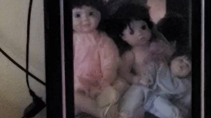 Terrified Man Finds Himself Home Alone As 'Annabelle' Dolls Start Moving On Their Own