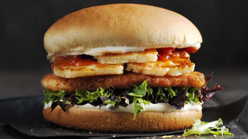 Oporto Is Bringing Back Its Incredible Chicken And Halloumi Burger