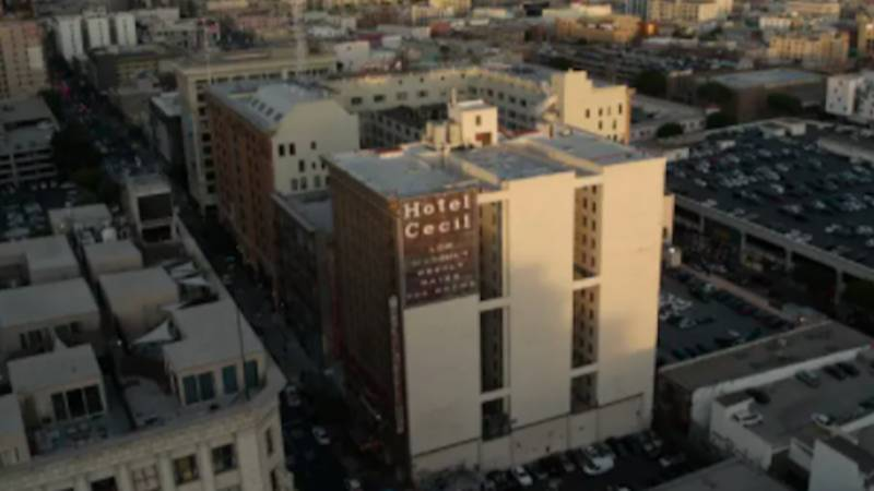 People Notice Creepy Similarities Between Cecil Hotel Case And Movie Dark Water
