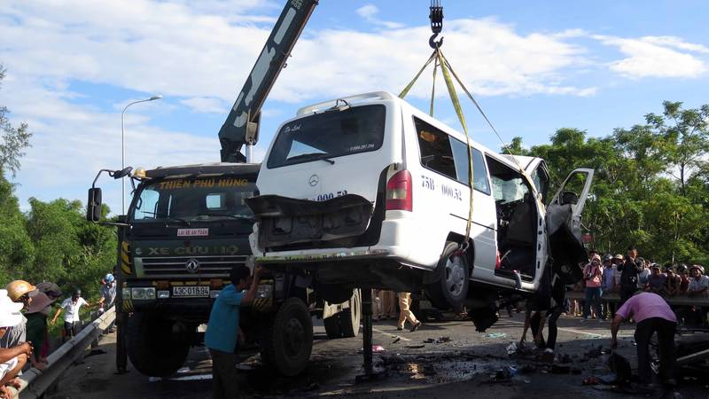 Groom And 12 Guests Die In Vietnam After Their Minivan Crashes Into Lorry