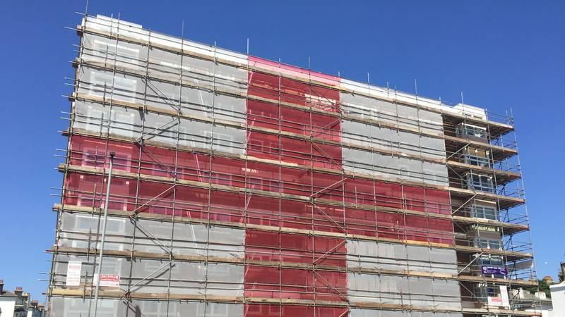 Scaffolders Show Their Pride With A Massive England Flag On Flats