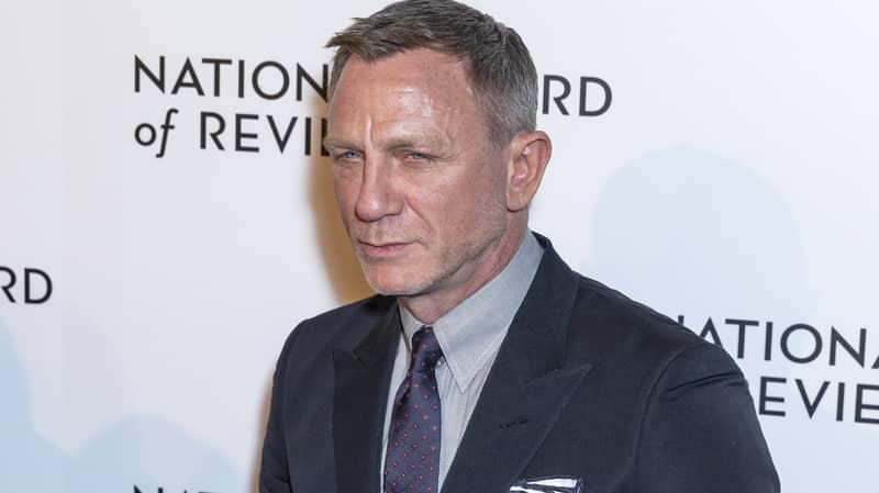 Daniel Craig Pays Tribute To Sir Sean Connery