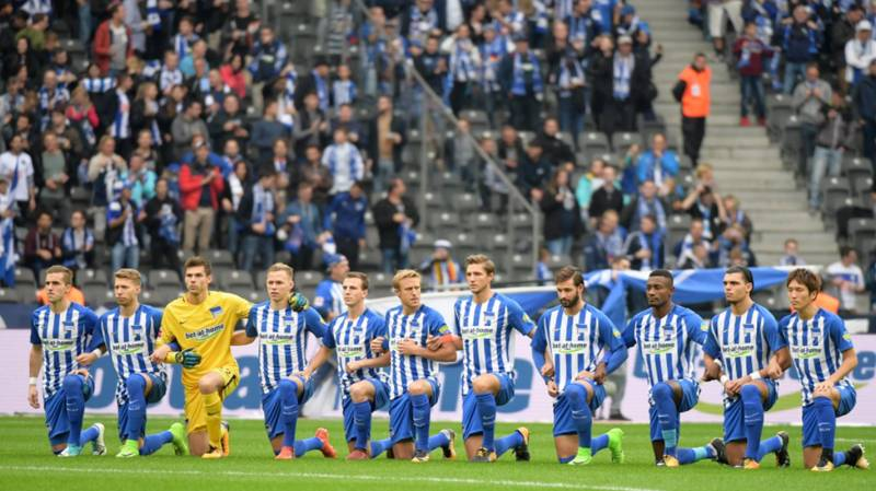 Hertha Berlin 'Take A Knee' As Show Of Solidarity With NFL Protests