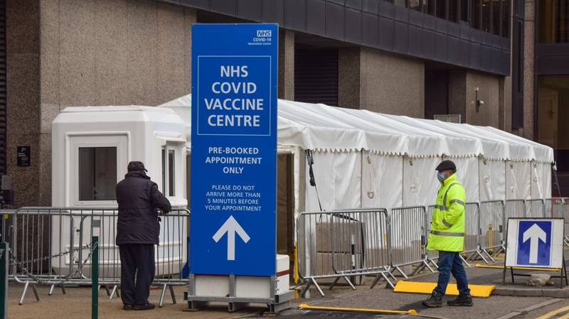 Companies Drafting 'Covid Vaccine Requirement' Into Contracts For Staff