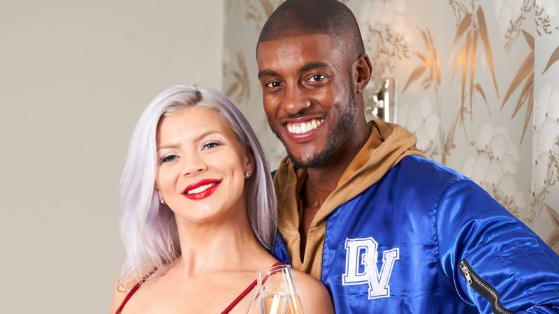 Model Who Was Dubbed 'Mr Tinder' Finally Finds Love