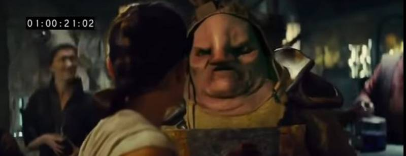 Watch Chewbacca Rip Off Unkar Plutt's Arm In 'The Force Awakens' Full Deleted Scene