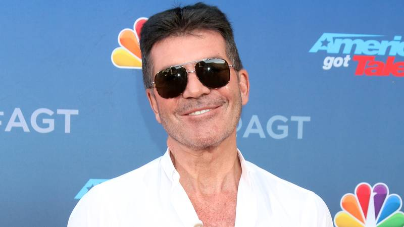 Simon Cowell Calls For Celebrities To Pay Staff And Not Use Taxpayer Money